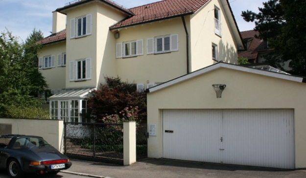 Freistehende Villa am Killesberg, ruhige Wohnlage, 500 qm Grundstück, 250 qm Wohnfläche